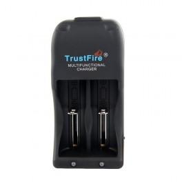 TR001TRUSTFIREOPLADERtil2batterier-20